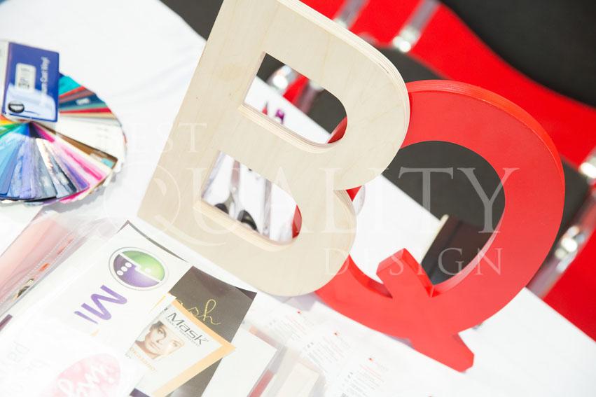 Широкоформатная печать для разных компаний